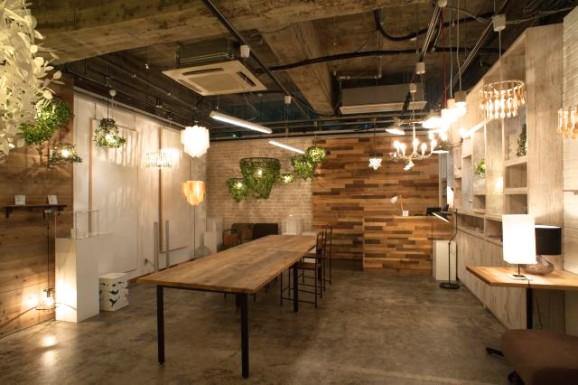 (温かみあるカフェのような空間。これからどんな出会いが生まれていくのかな。)